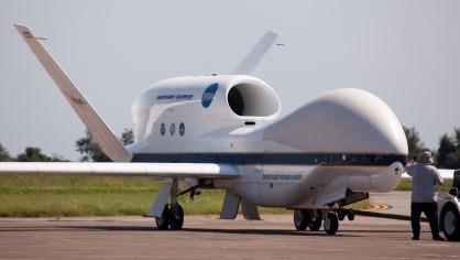 NASA グローバル・ホーク無人機