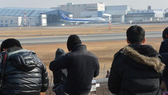 ANA 伊丹退役イベントに飛来した747-400 JA8961