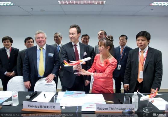 ベトジェットエア 100機購入契約 シンガポールエアショー 2014