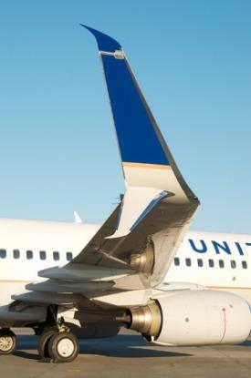 ユナイテッド航空 スプリット・シミタール・ウィングレット(Split Scimitar Winglet) 装着 N37277 B