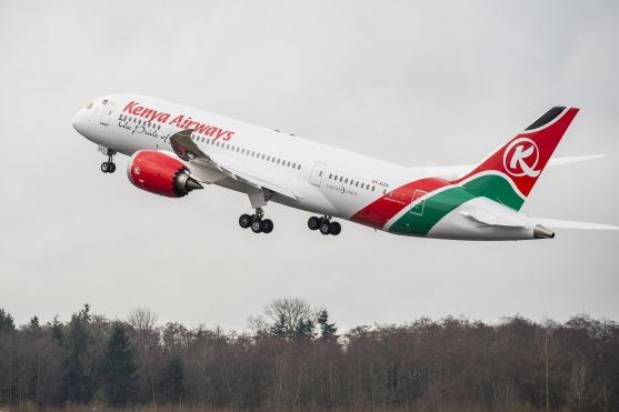ケニア航空 787 初号機 「5Y-KZA」