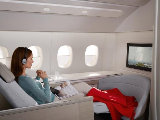 http://img.flyteam.jp/img/news/20140513-PREMIERE_DIVERTISSEMENT.jpg