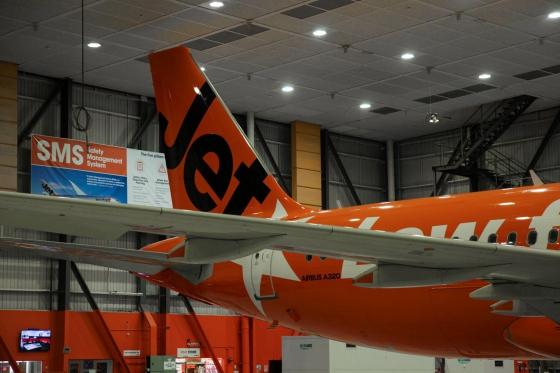 A320 VH-VGF 10周年特別塗装3