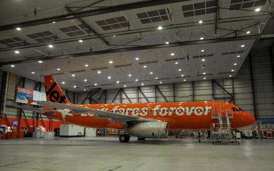 A320 VH-VGF 10周年特別塗装1