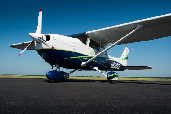ターボ・スカイホークJT-A ターボ・スカイホークJT-Aは、従来用いられてきた航空機用ガソリン
