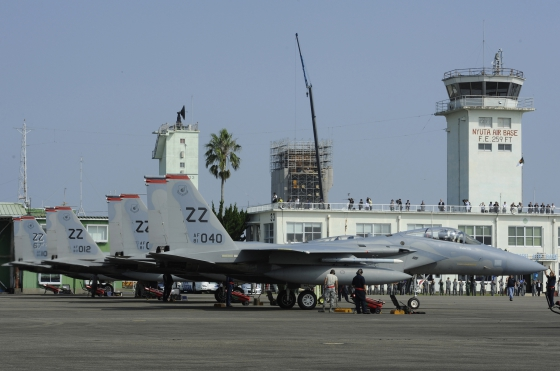 第18航空団第67戦闘飛行隊(18WG/67FS)のF-15C/Dイーグル12機